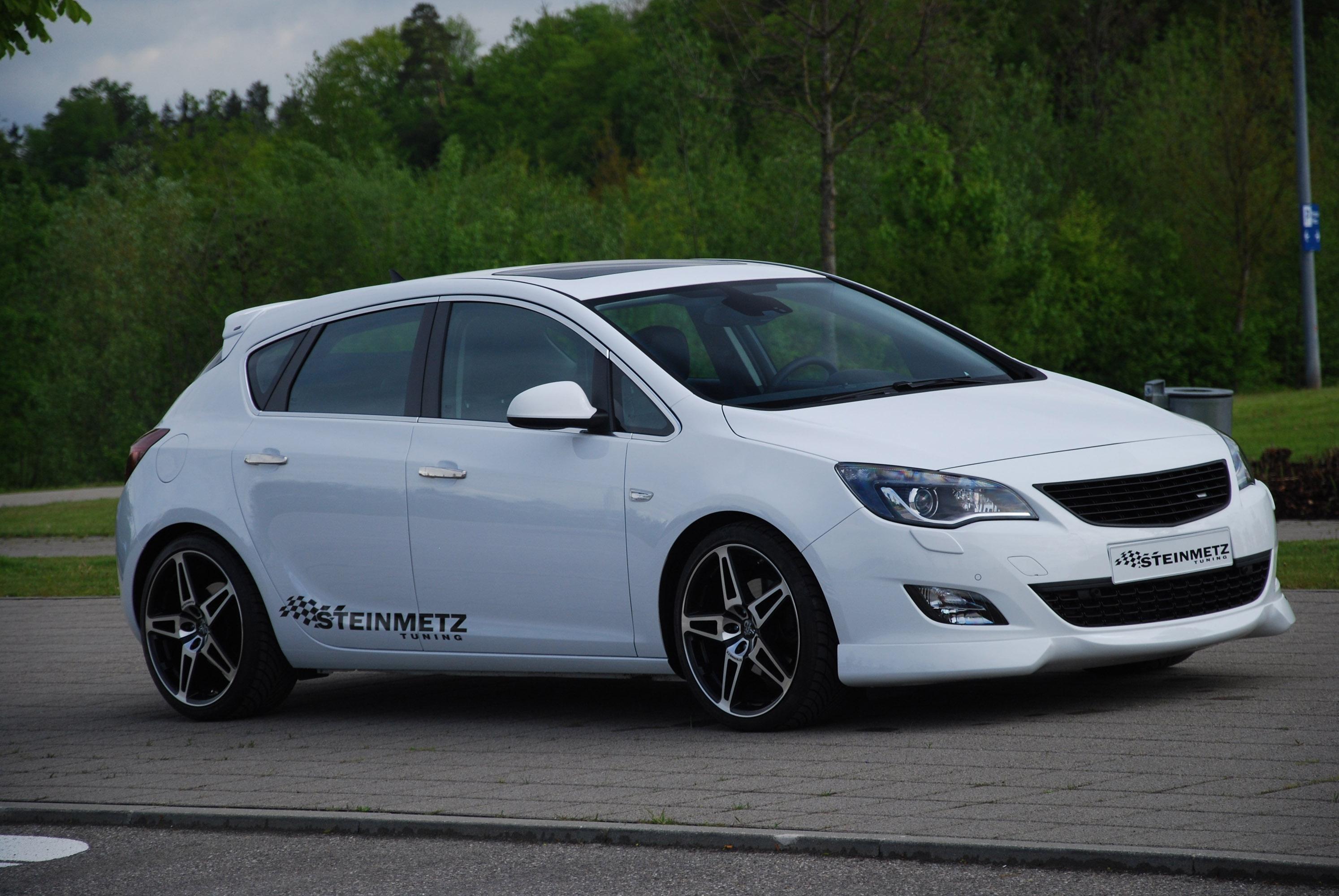 Opel Astra J Refined By Steinmetz