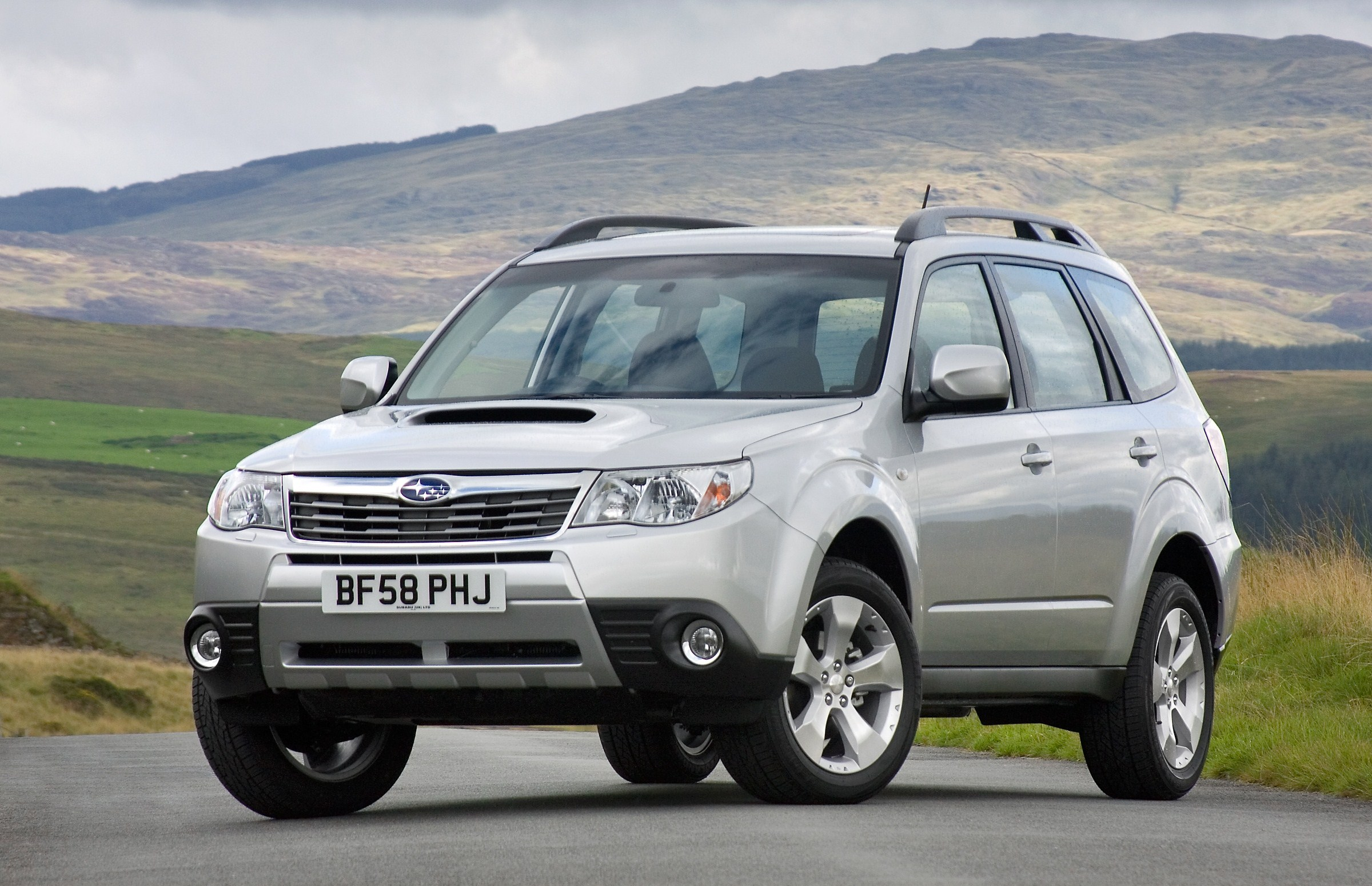 Class-leading features from new Boxer Diesel Forester