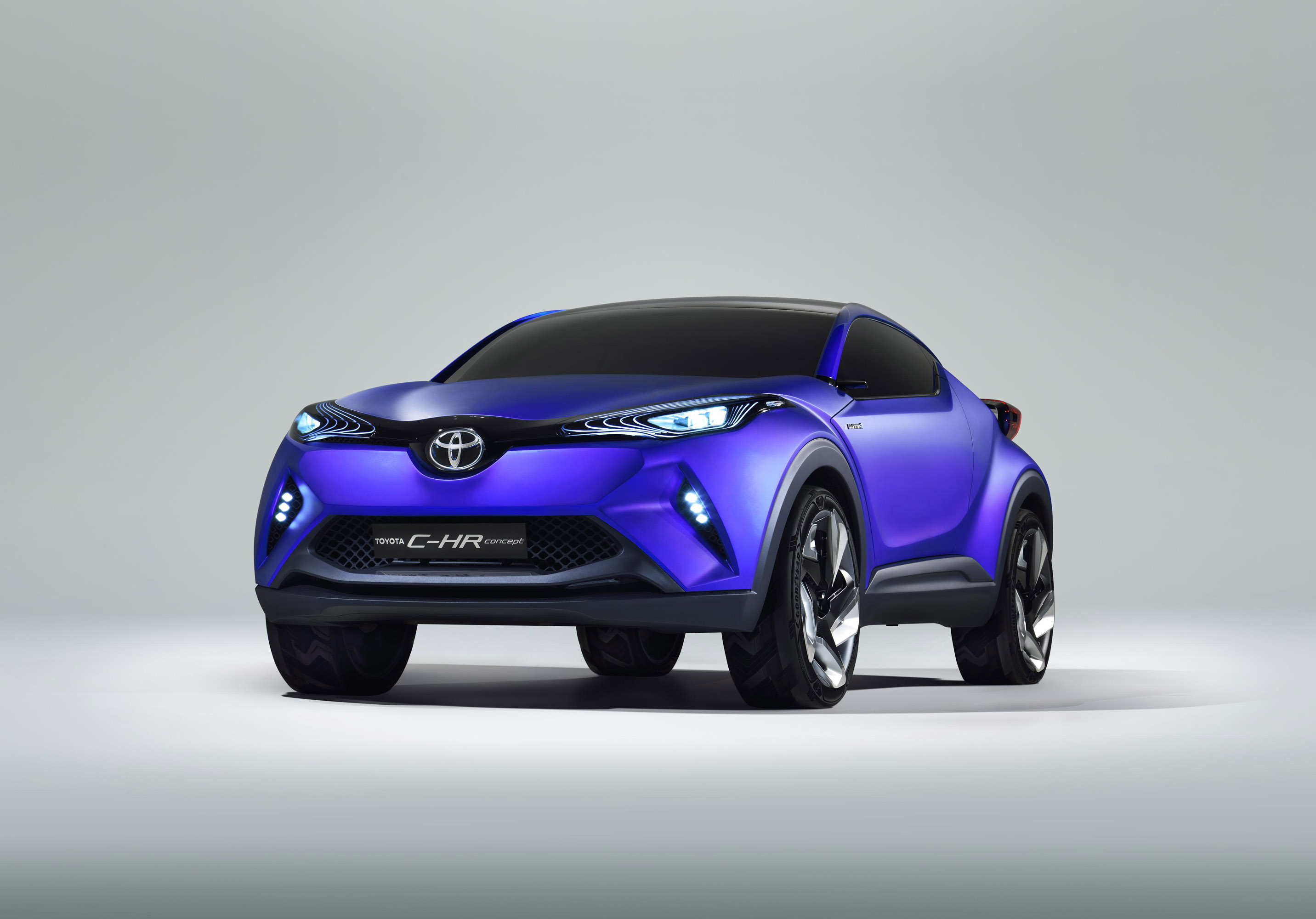 Toyota Shows C HR Hybrid Crossover Ahead of Paris Premiere