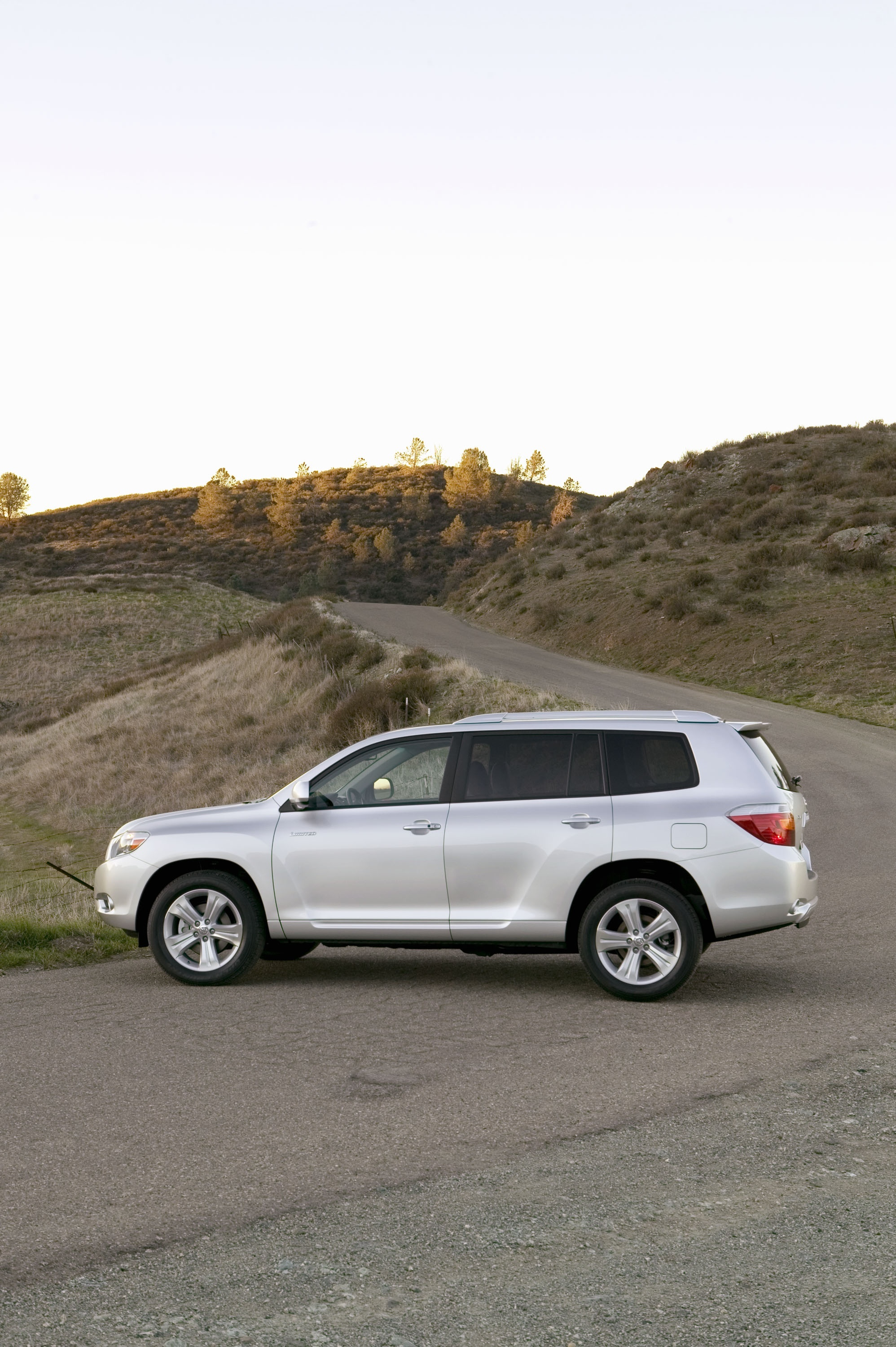 Toyota Highlander Towing Capacity >> Coming Soon - All-New Four Cylinder Engine For 2009 Toyota ...