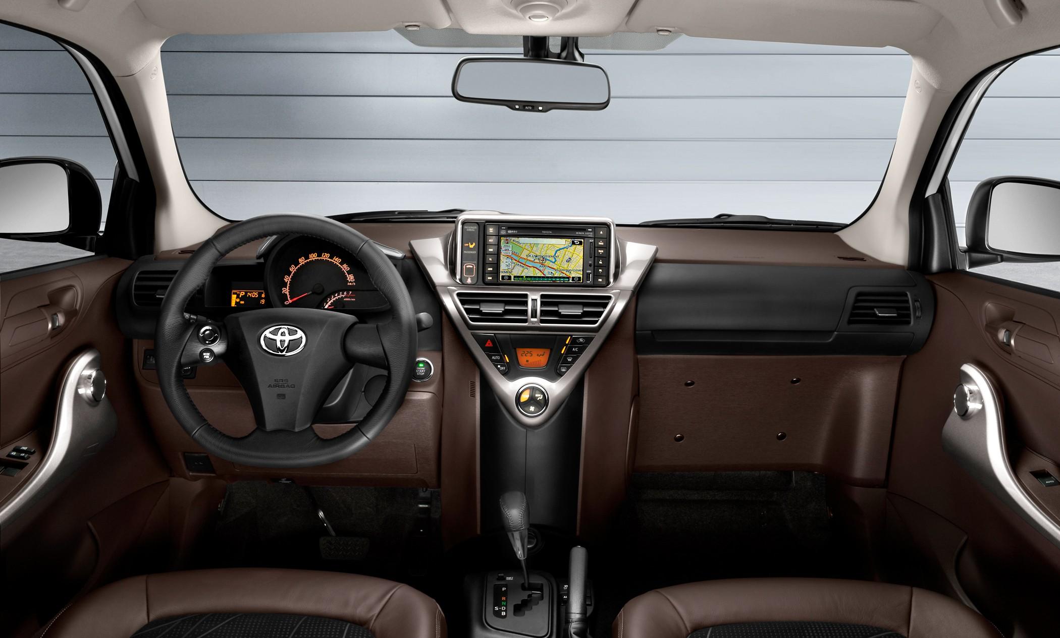 2009 Toyota iQ - Picture 45180