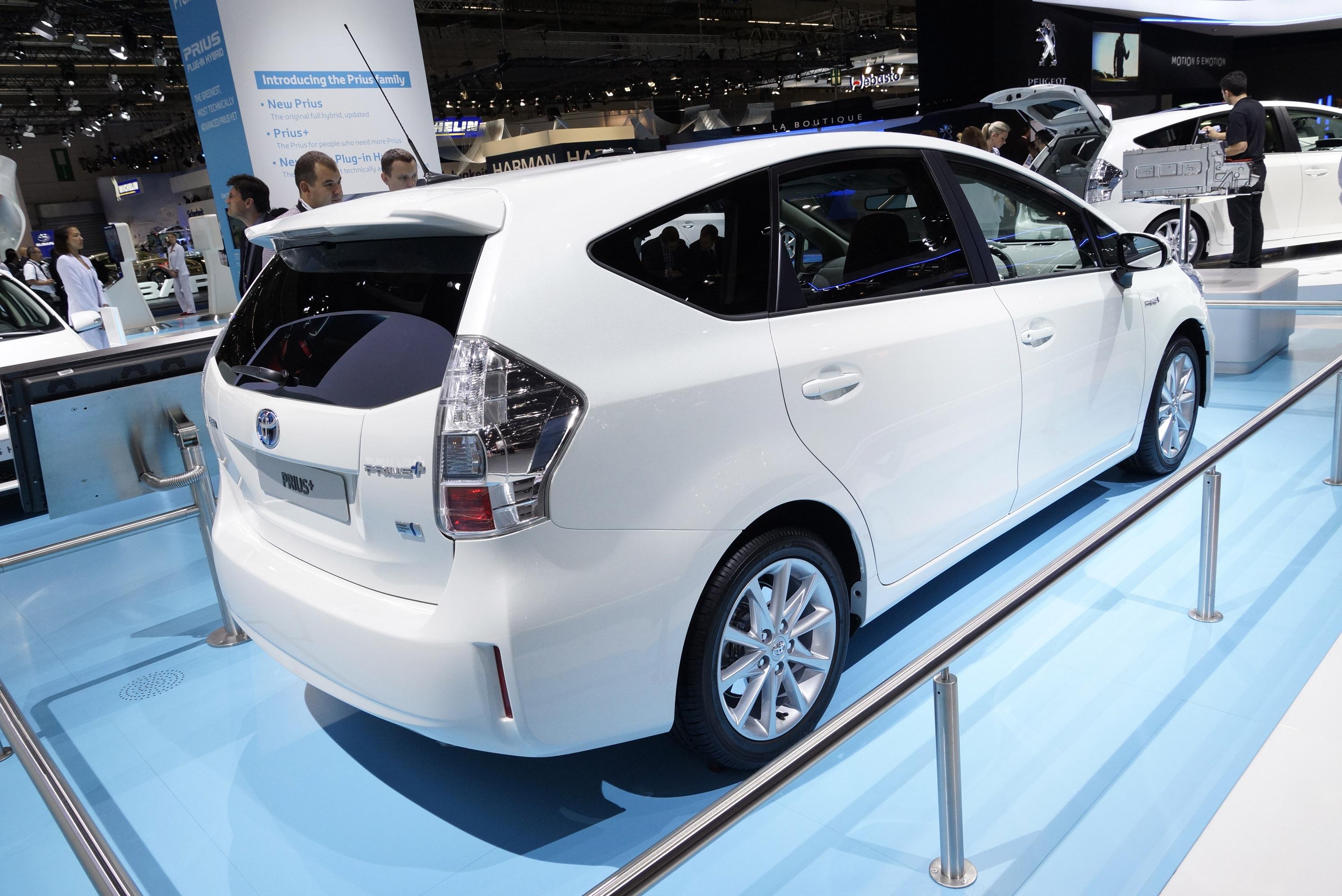 Toyota Prius Plus Frankfurt 2011 - Picture 59187