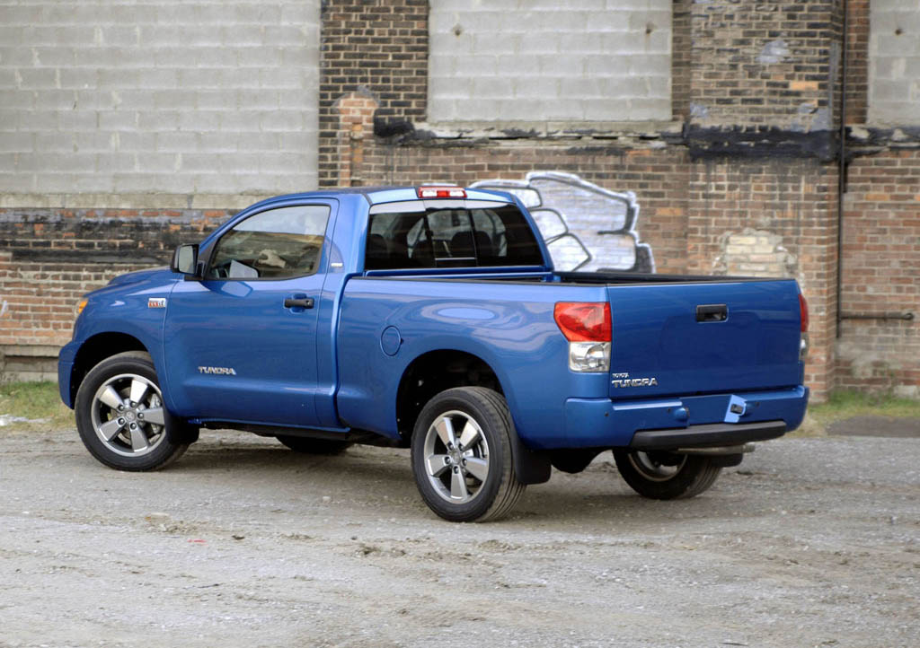 Toyota Tundra Crewmax Picture 250