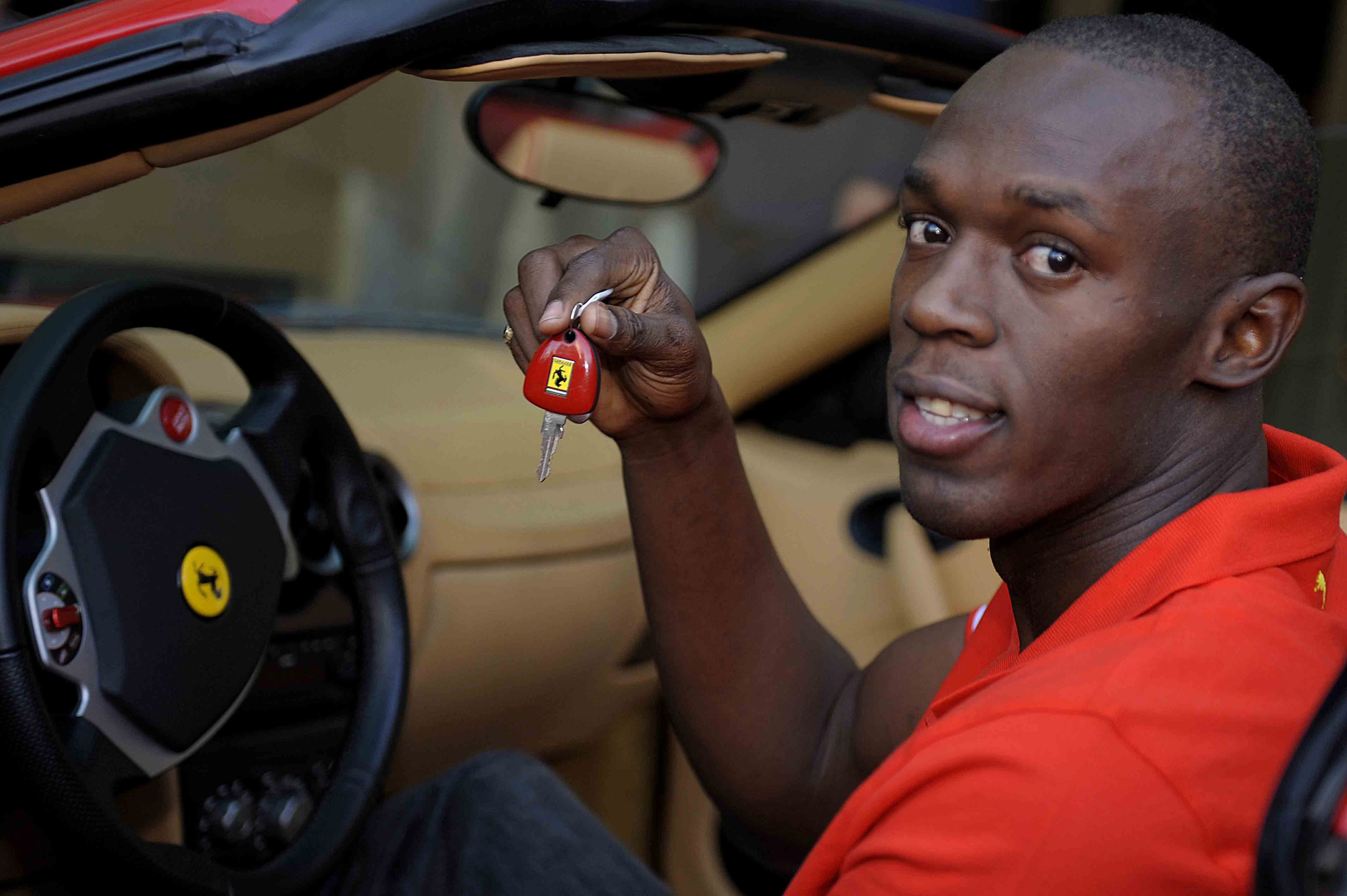 The Most Expensive Car In The World >> Olympic Champion Usain Bolt Behind The Wheel Of F430 Spider
