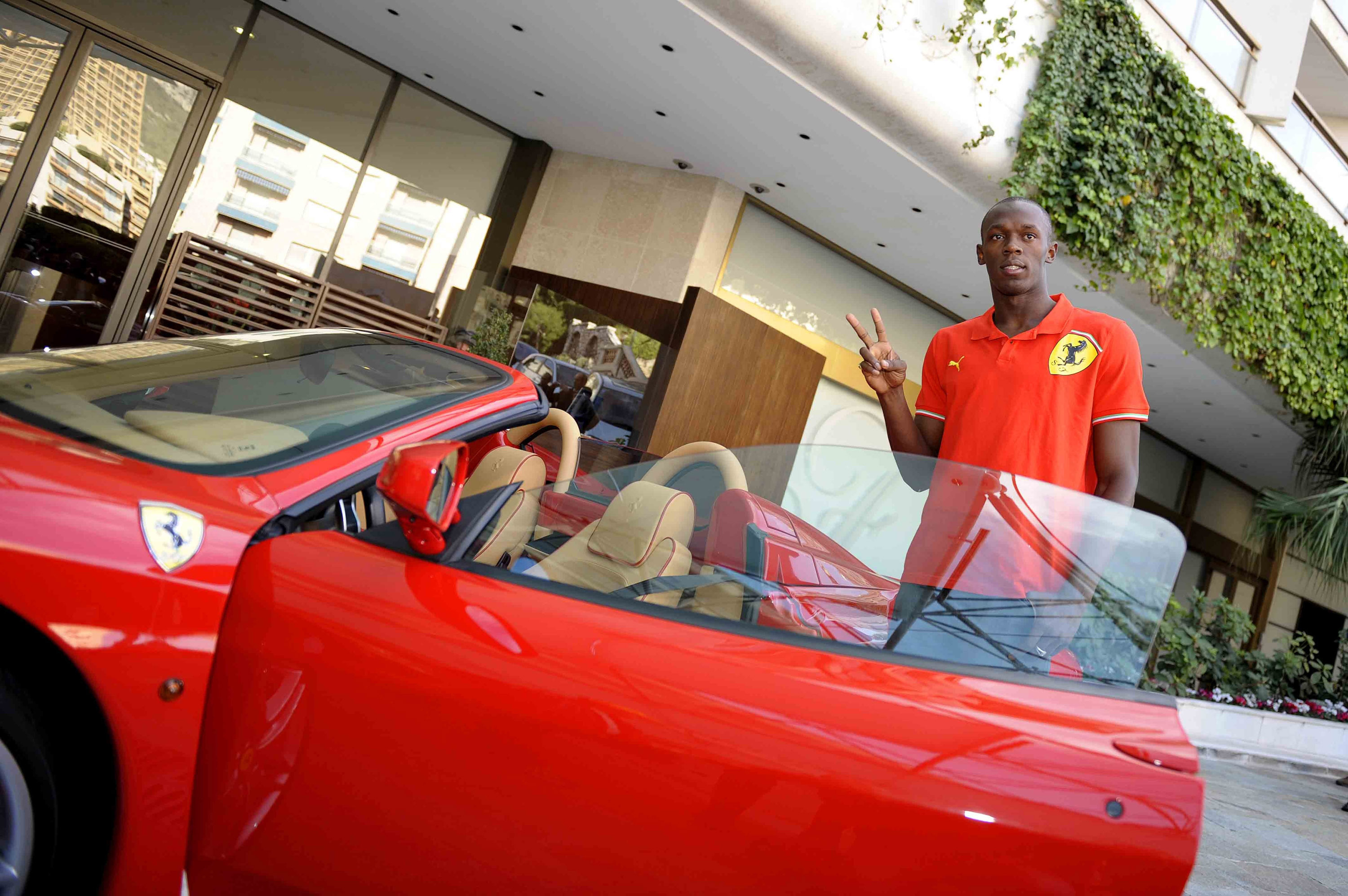 Usain Bolt in Ferrari F430 Spider - Picture 11113