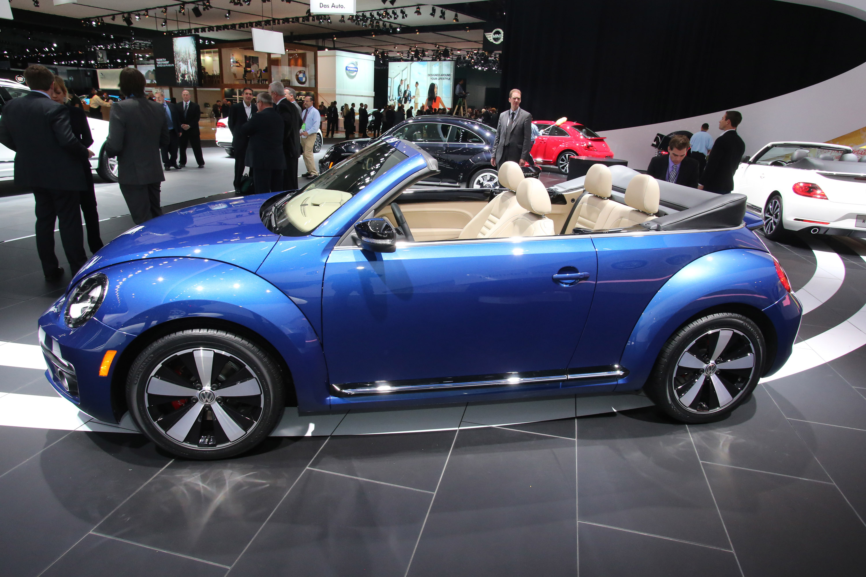 carbuyer volkswagen youtube cabriolet beetle watch review convertible