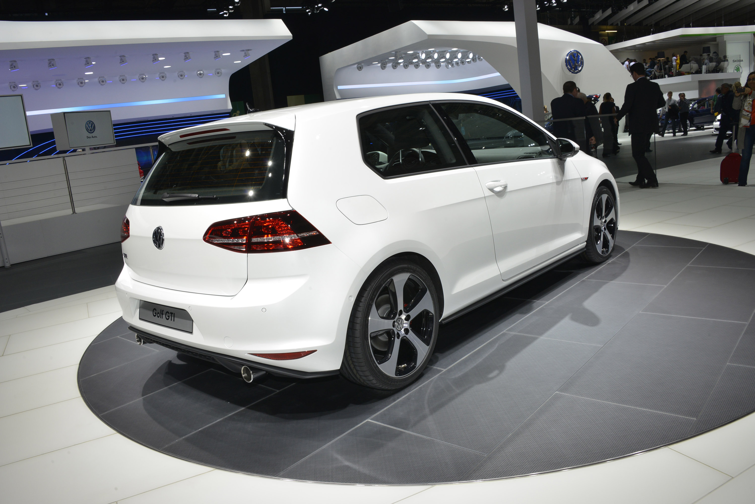 Volkswagen Golf Gti Paris 2012 Picture 75291