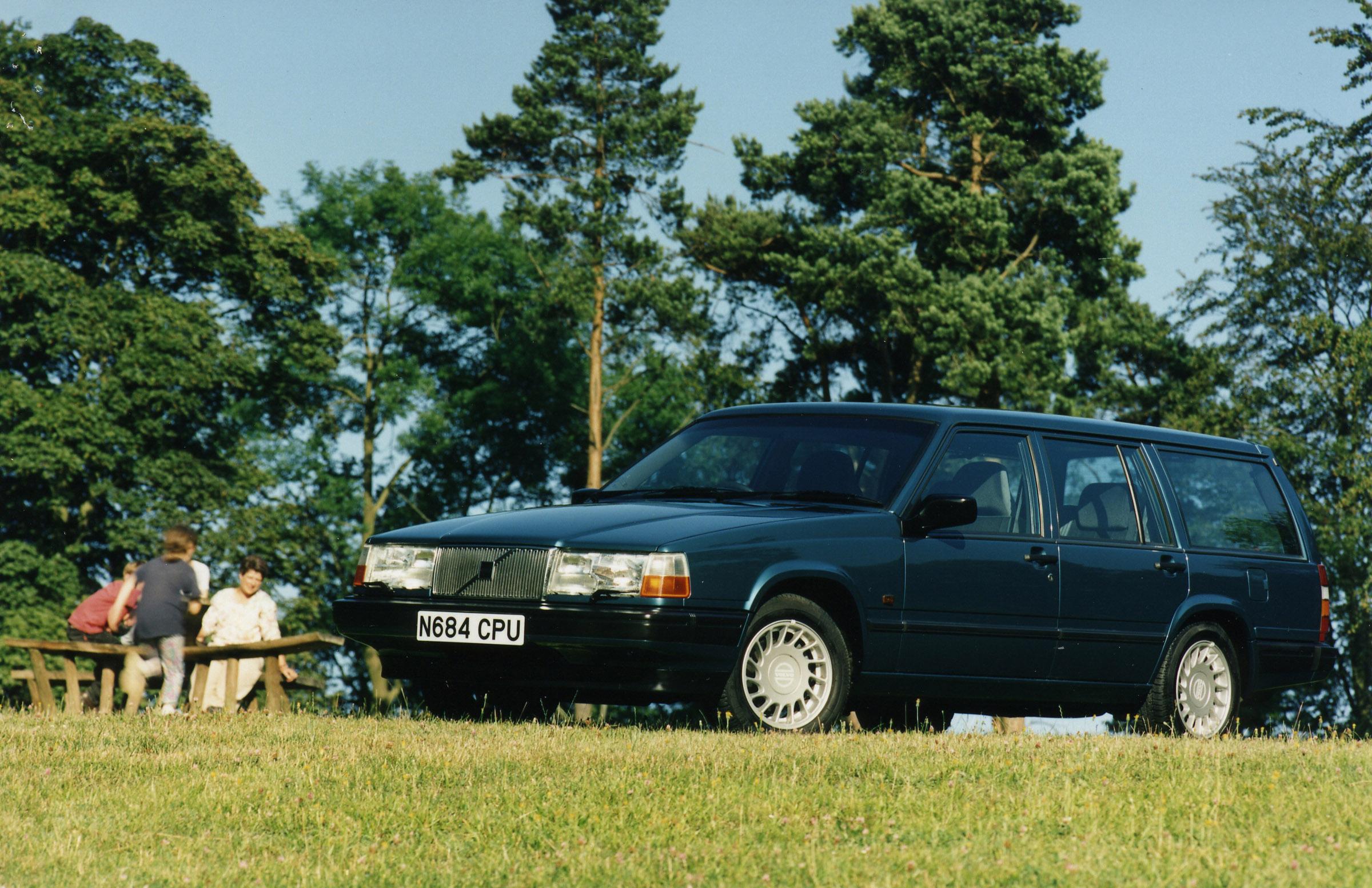 Volvo 940.  Характеристики.  Объявления.