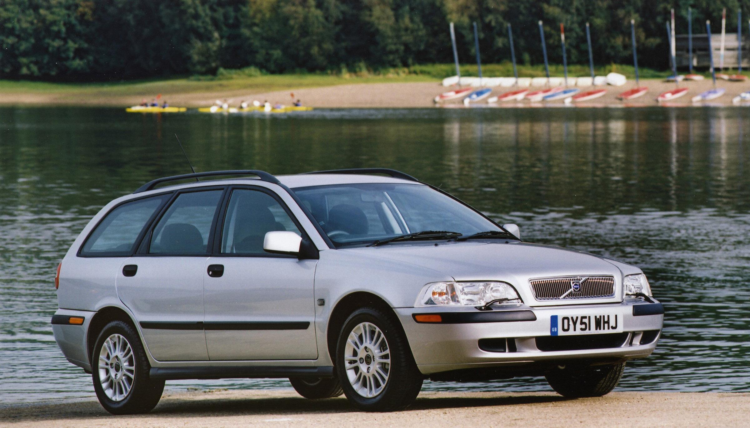 2001 Volvo V40 - Picture 52595