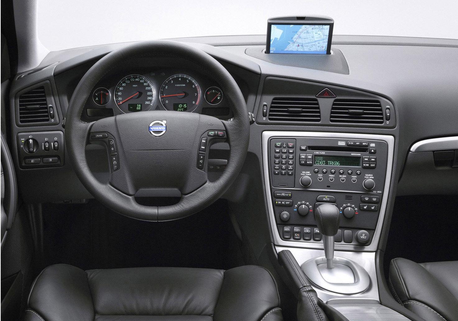 2005 Volvo V70 R Picture 53698