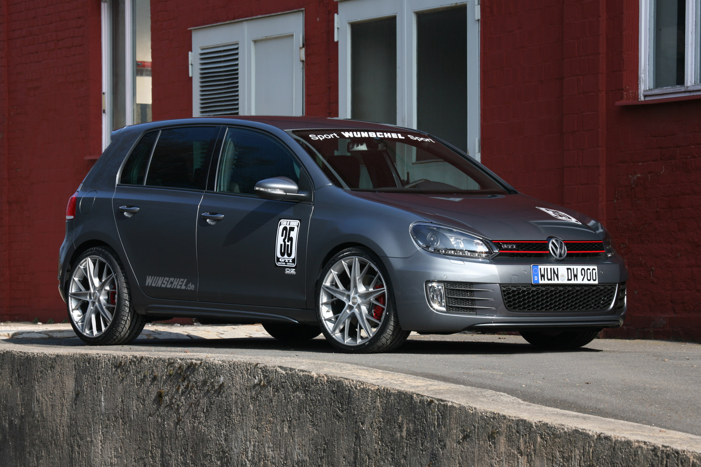 vw golf 6 gti by. Black Bedroom Furniture Sets. Home Design Ideas