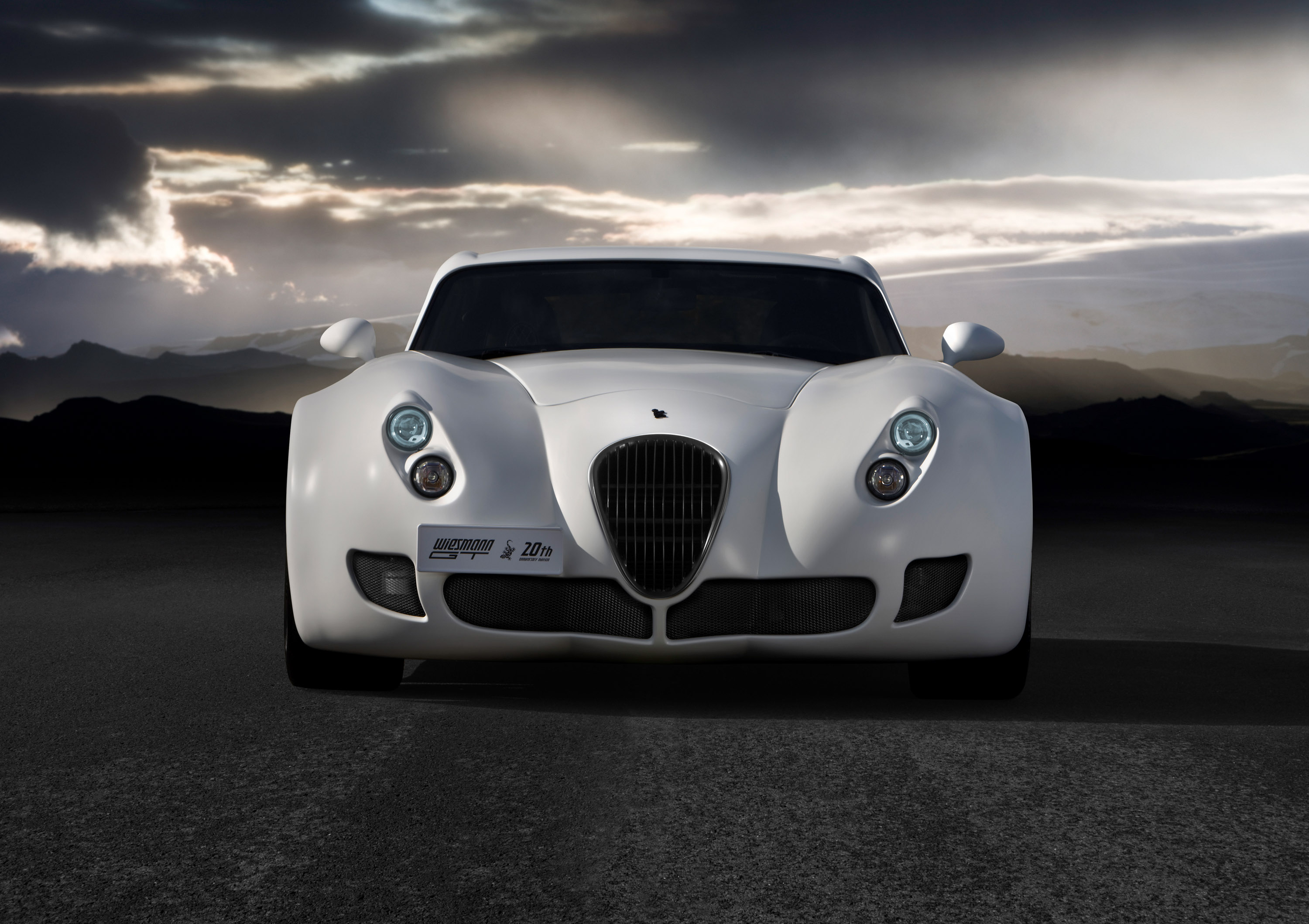 wiesmann mf4 and mf5 series with new bmw twin turbo engines. Black Bedroom Furniture Sets. Home Design Ideas
