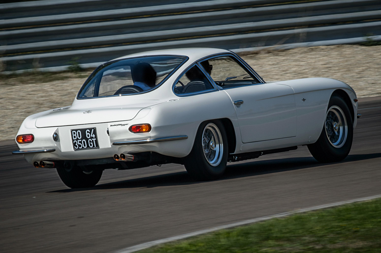 https://www.automobilesreview.com/img/1963-lamborghini-350-gt/1964-lamborghini-350-gt-04.jpg