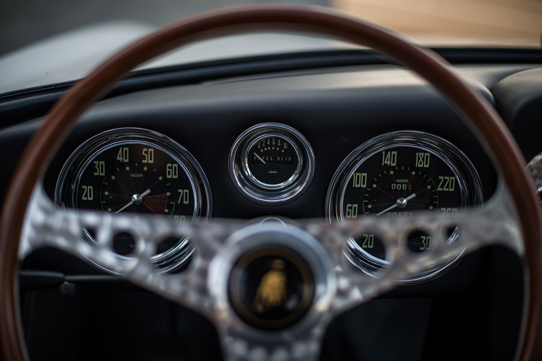 https://www.automobilesreview.com/img/1963-lamborghini-350-gt/1964-lamborghini-350-gt-07.jpg