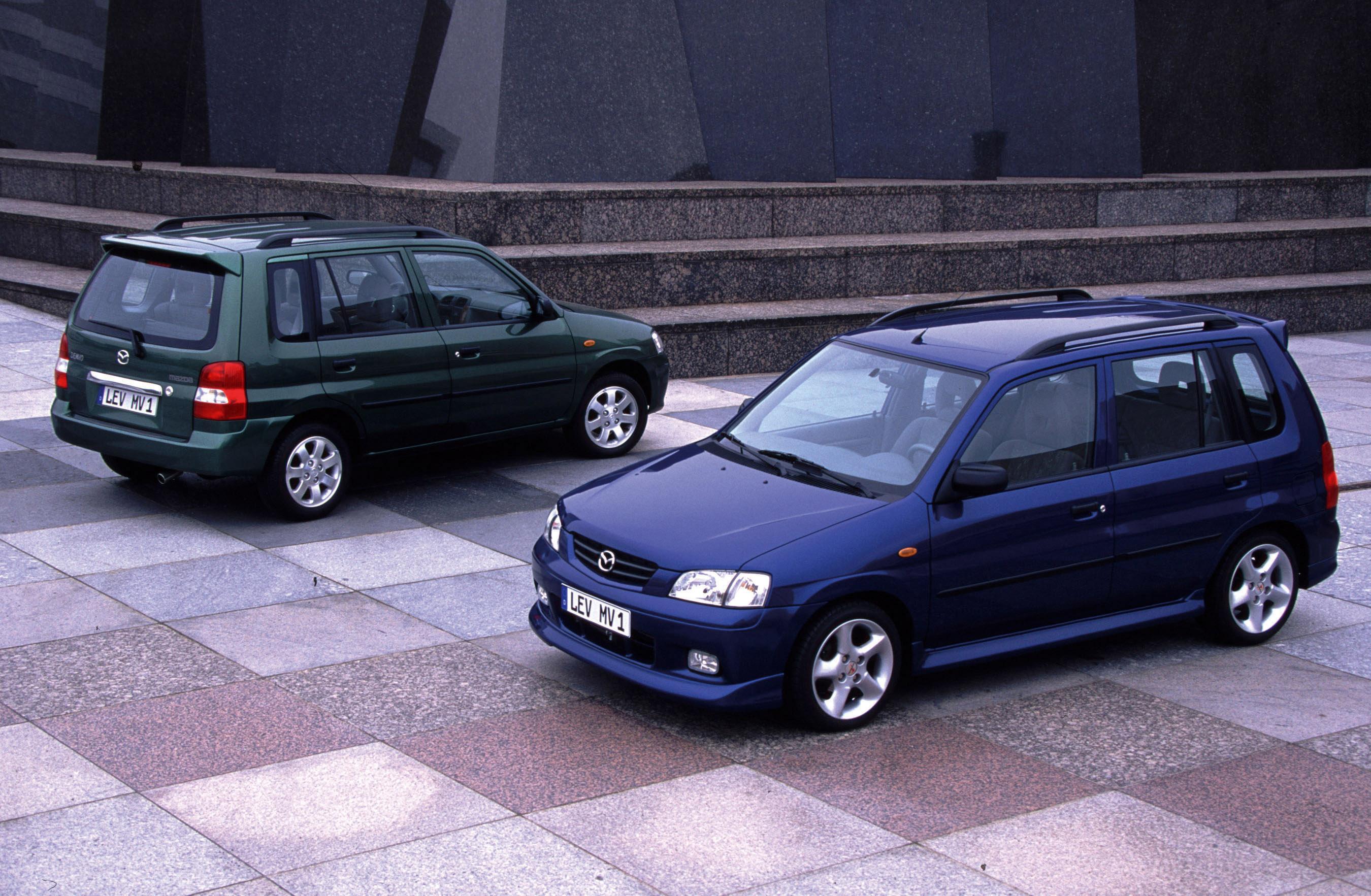 https://www.automobilesreview.com/img/2000-mazda-demio/2000-mazda-demio-10.jpg