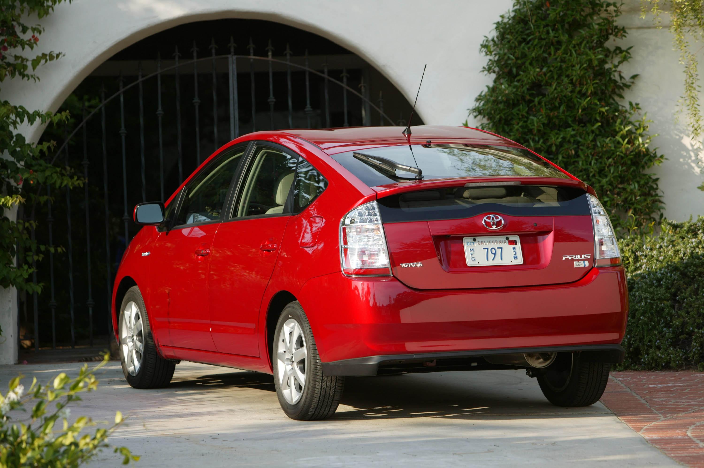 2008 toyota prius touring edition toyota hybrid sedan review.
