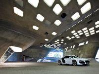 thumbnail #23417 - 2010 Audi R8 5.2 FSI quattro