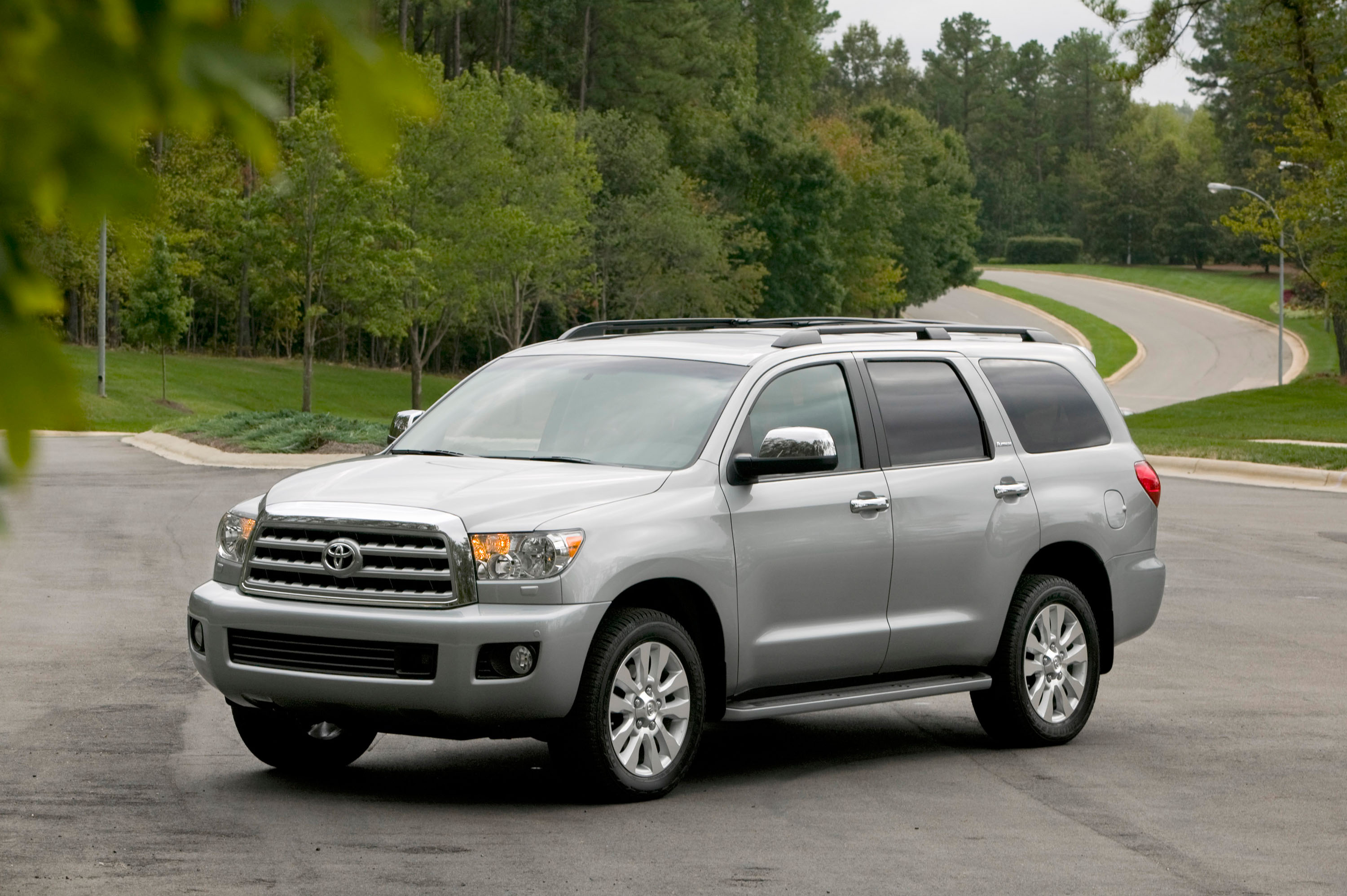 m minivan xle javier awd wheels premium used sienna on new car sequoia reviews toyota by sale savage for