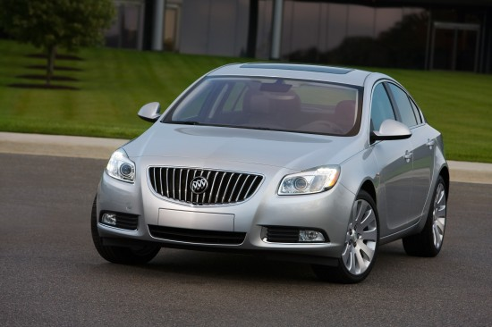 2011-buick-regal-04.jpg
