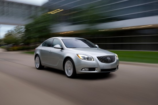 2011-buick-regal-07.jpg