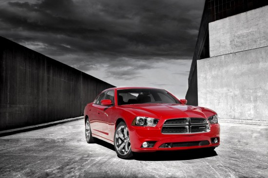 2011-dodge-charger-01.jpg