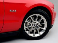 2011 Ford Mustang GT, 6 of 15