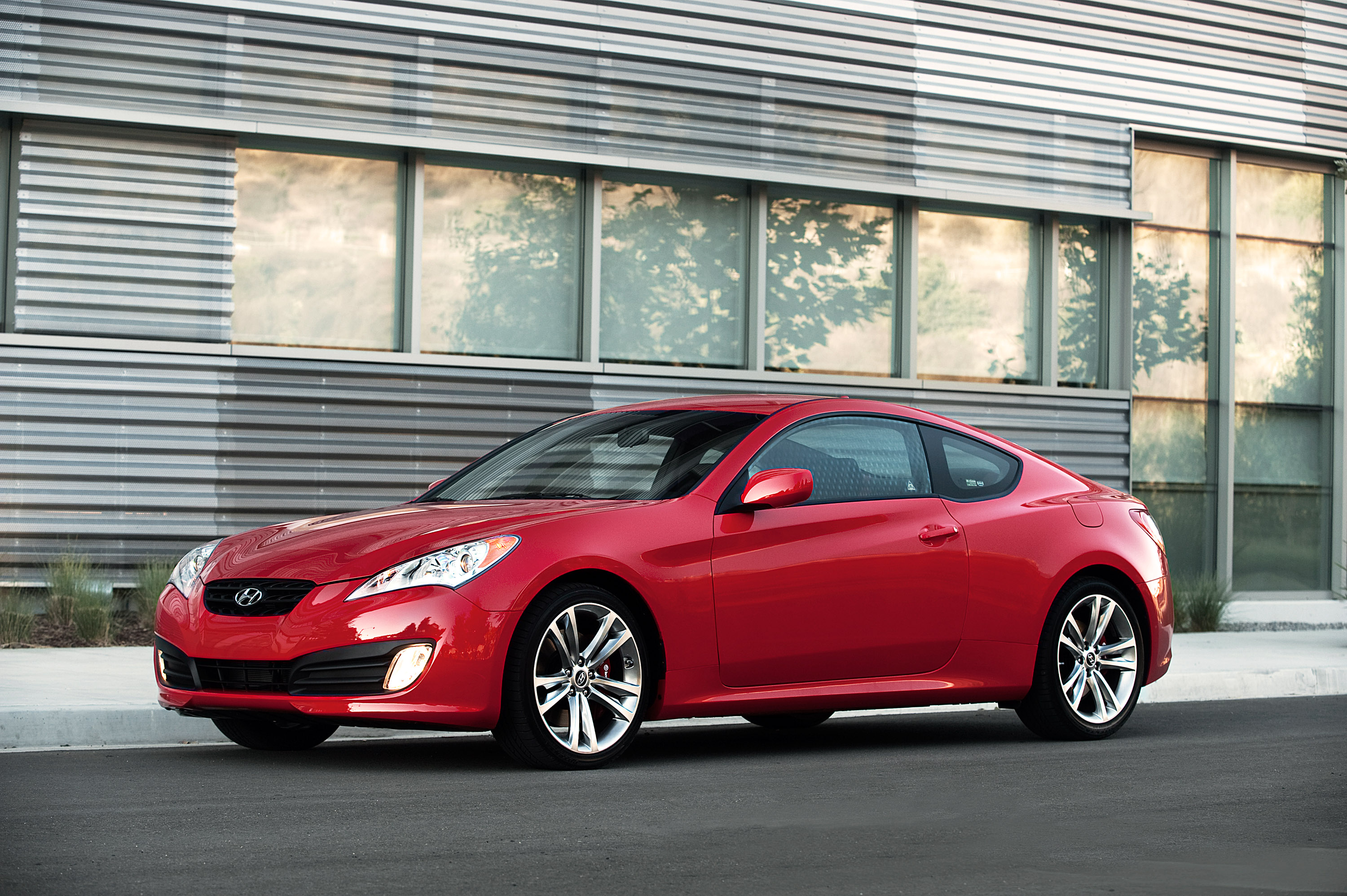 Index of /img/2011-hyundai-genesis-coupe-3-8-r-spec