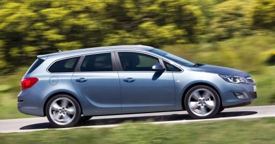 2011 Opel Astra ecoFLEX Pictures