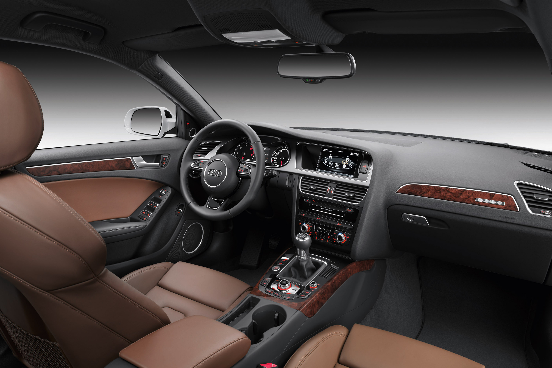 https://www.automobilesreview.com/img/2012-audi-a4-avant/2012-audi-a4-avant-11.jpg