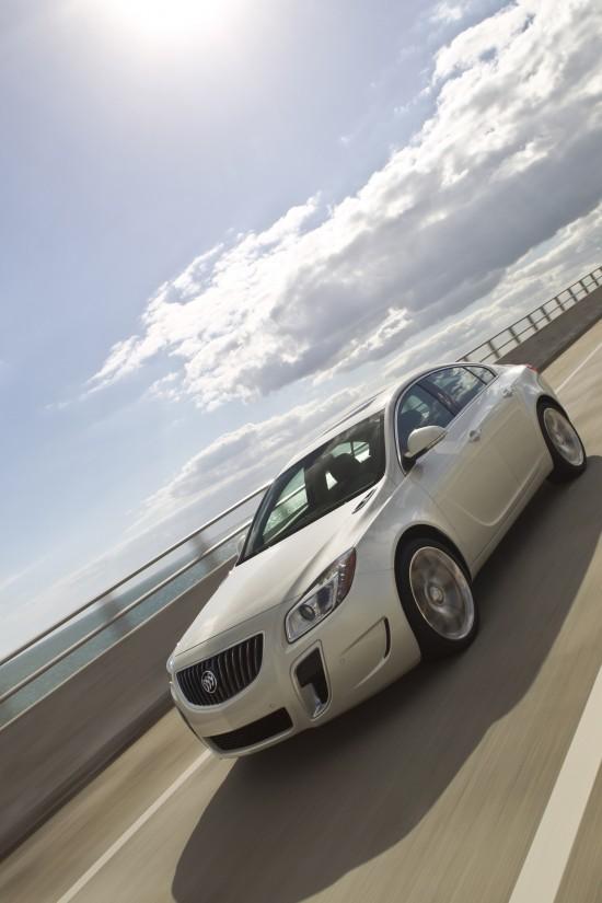 2012-buick-regal-gs-05.jpg