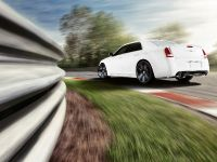 2012 Chrysler 300 SRT8, 6 of 18