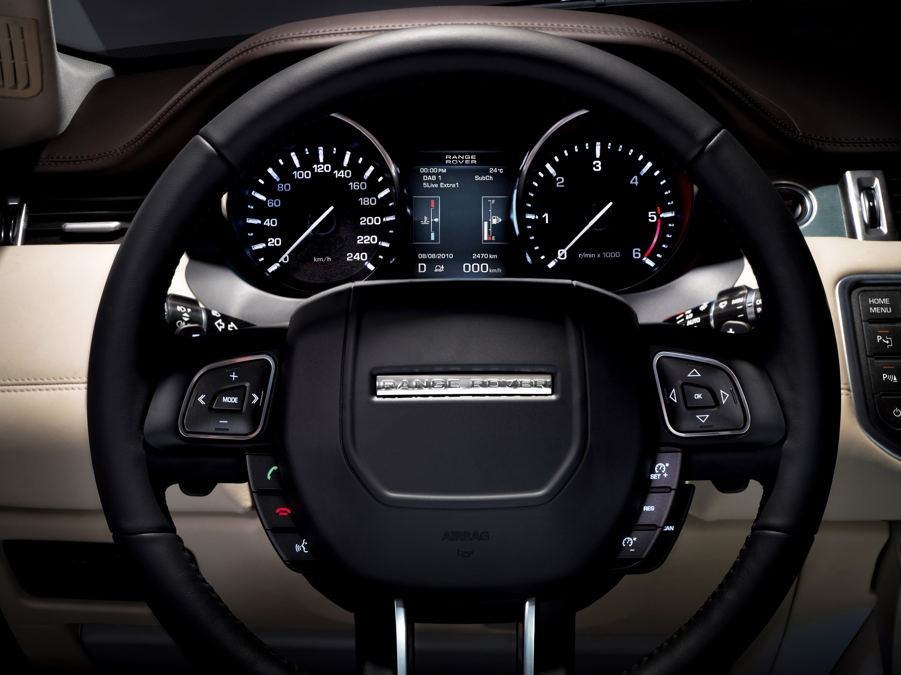 2010 mondial de l auto de paris range rover evoque for Interieur evoque