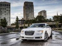 2013 Chrysler 300 Motown Edition, 3 of 23