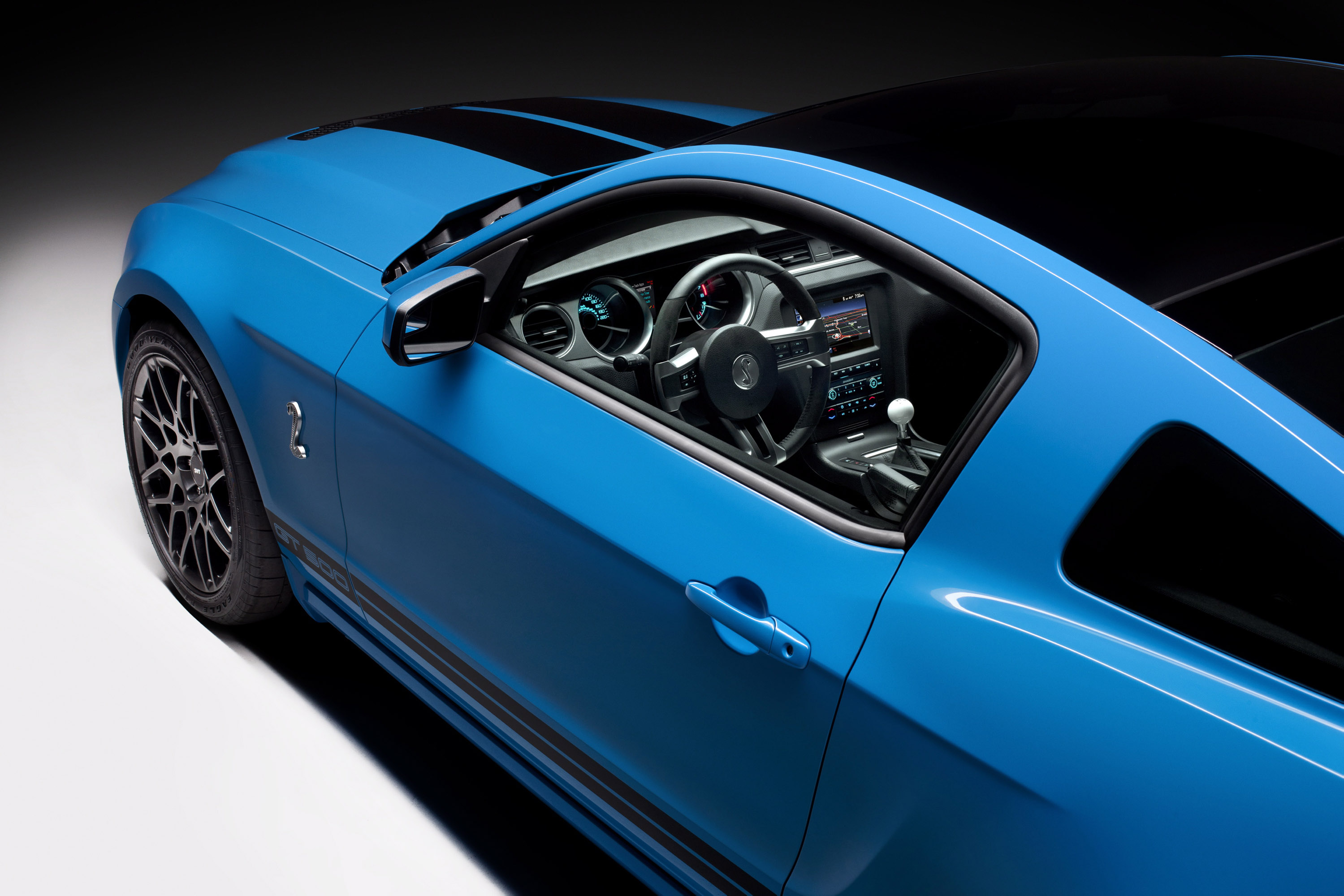 2013 Ford Shelby GT500 Picture #6 of 11