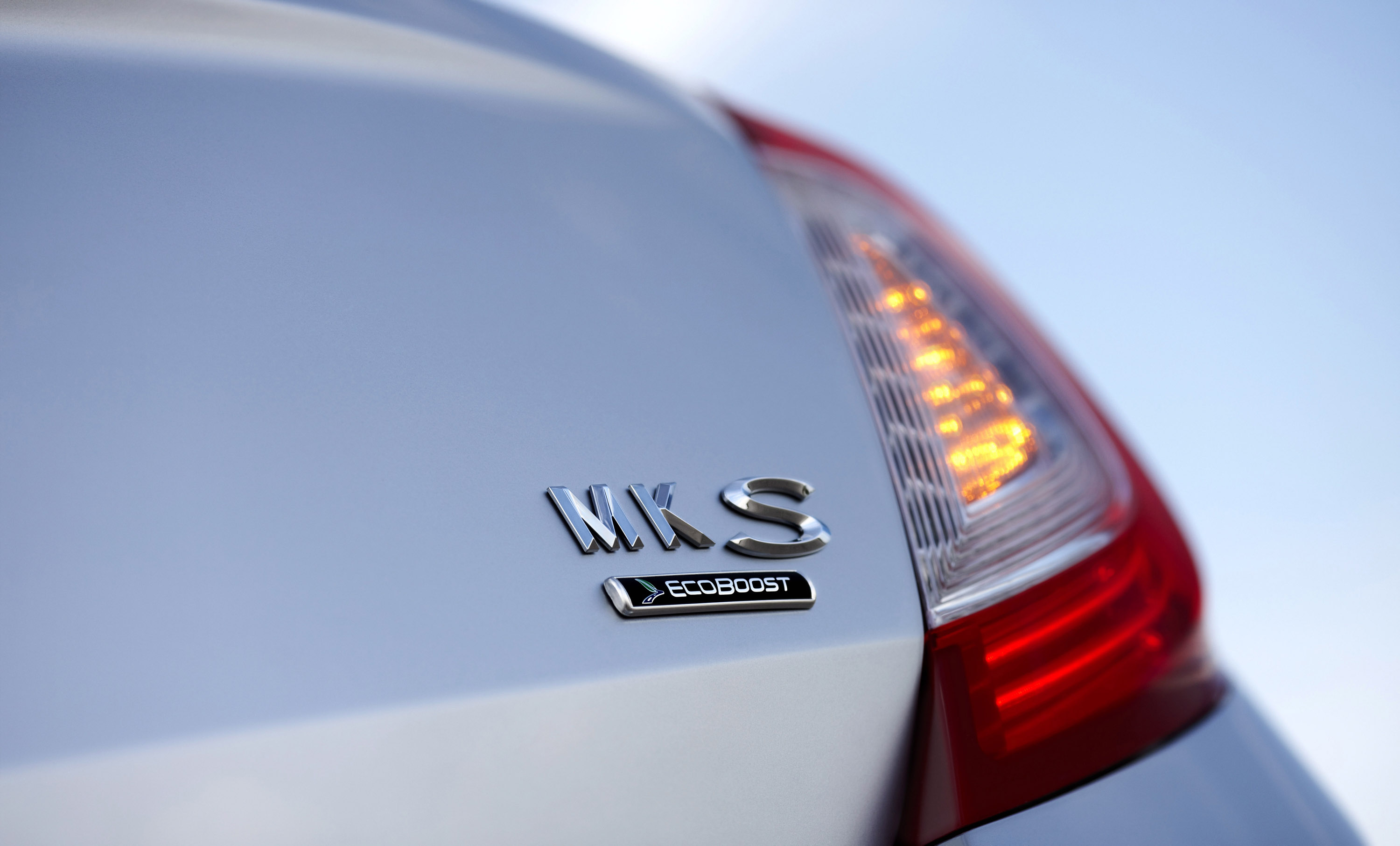 great test white hope mkz road hybrid the mks lincoln