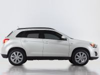 2013 Mitsubishi Outlander Sport , 4 of 9