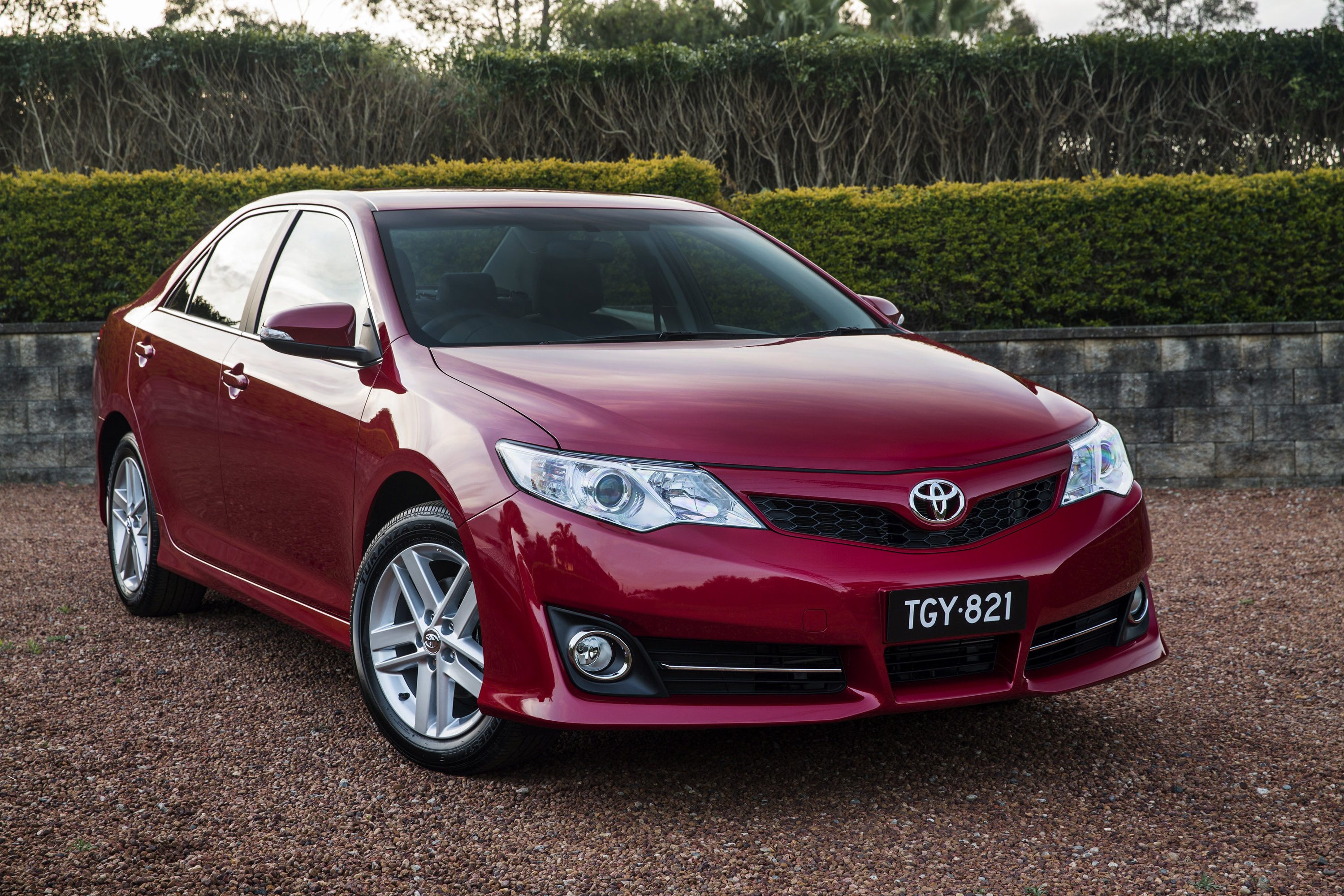 edition camry toyota sport announced news se limited