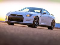 2014 Nissan GT-R, 1 of 13