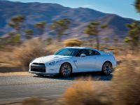 2014 Nissan GT-R, 5 of 13