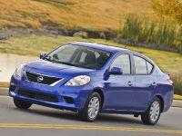 2014 Nissan Versa Sedan, 3 of 12