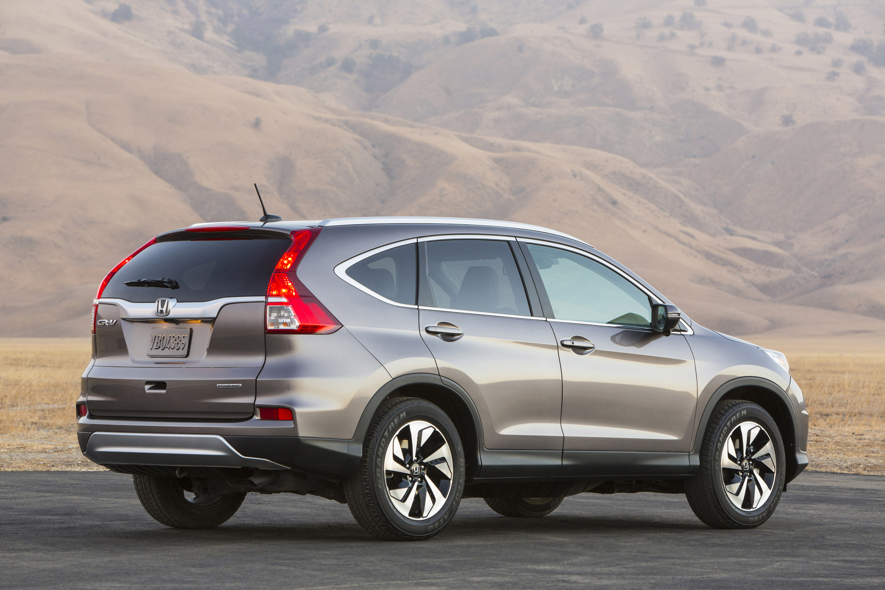 gets honda updated and crv inside v review out styling reviews car bestride cr profile new