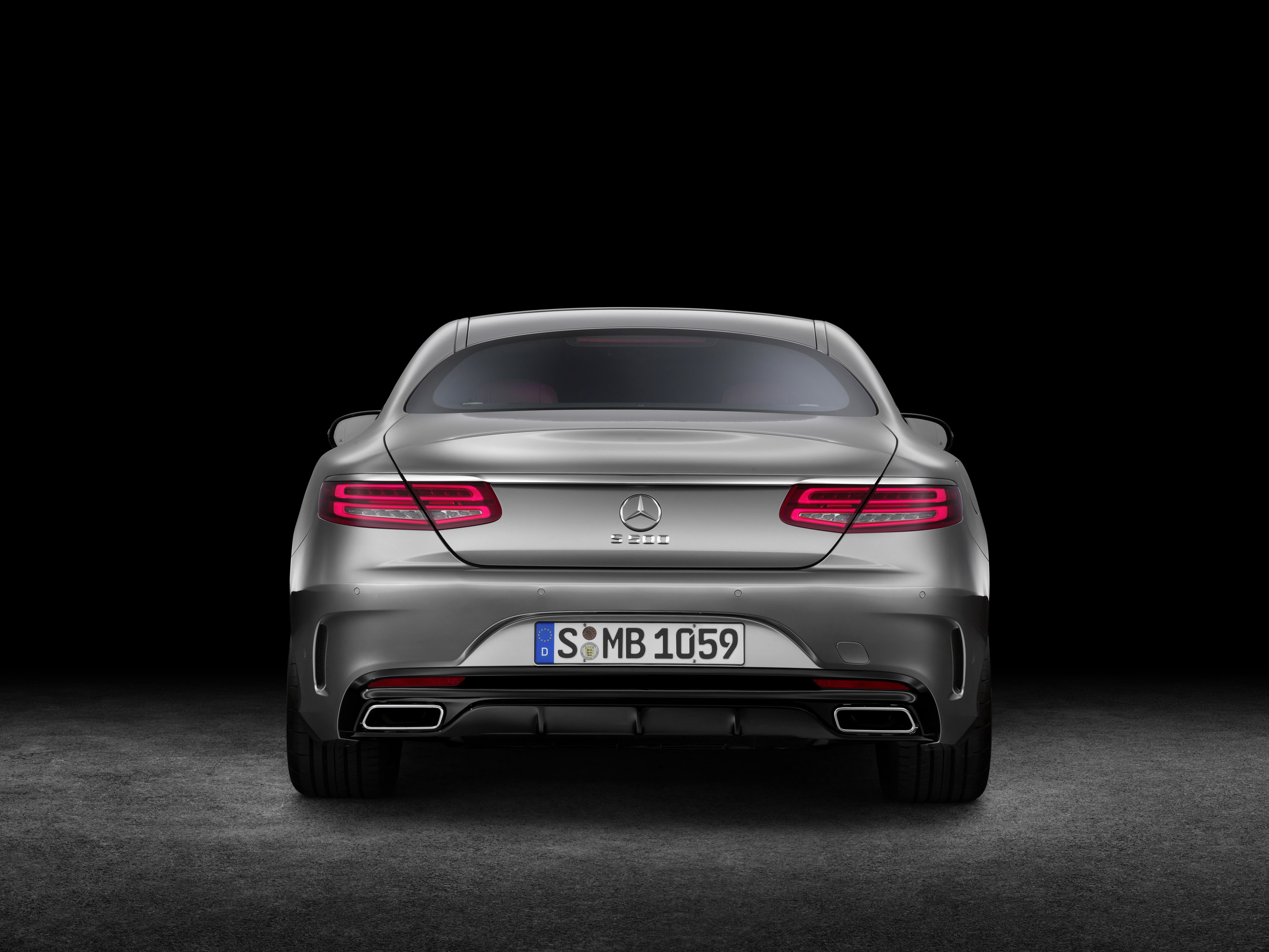 https://www.automobilesreview.com/img/2015-mercedes-benz-s-class-coupe/2015-mercedes-benz-s-class-coupe-04.jpg