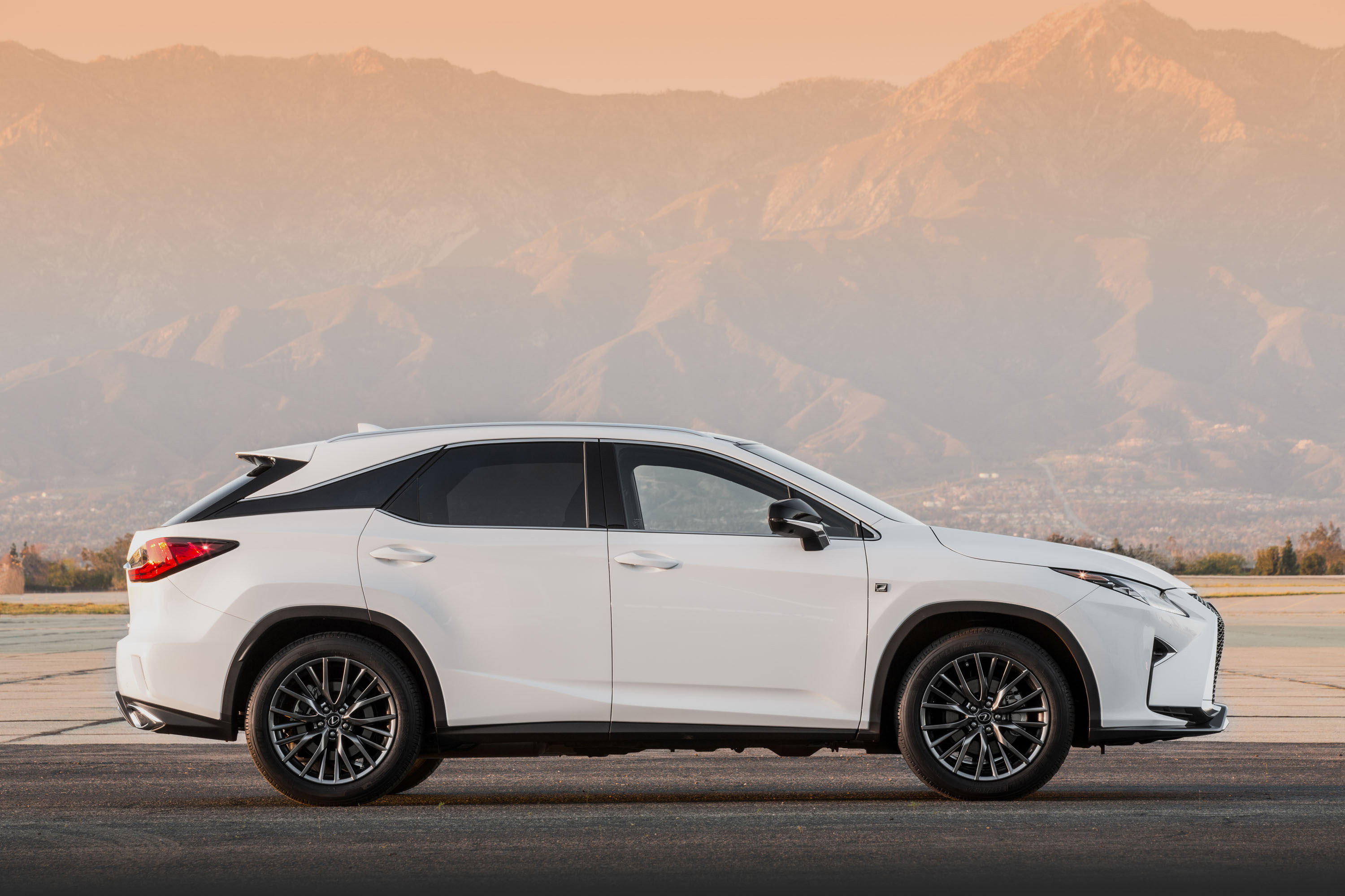 photo rx redesign reviews suv front price lexus wheel photos features base drive