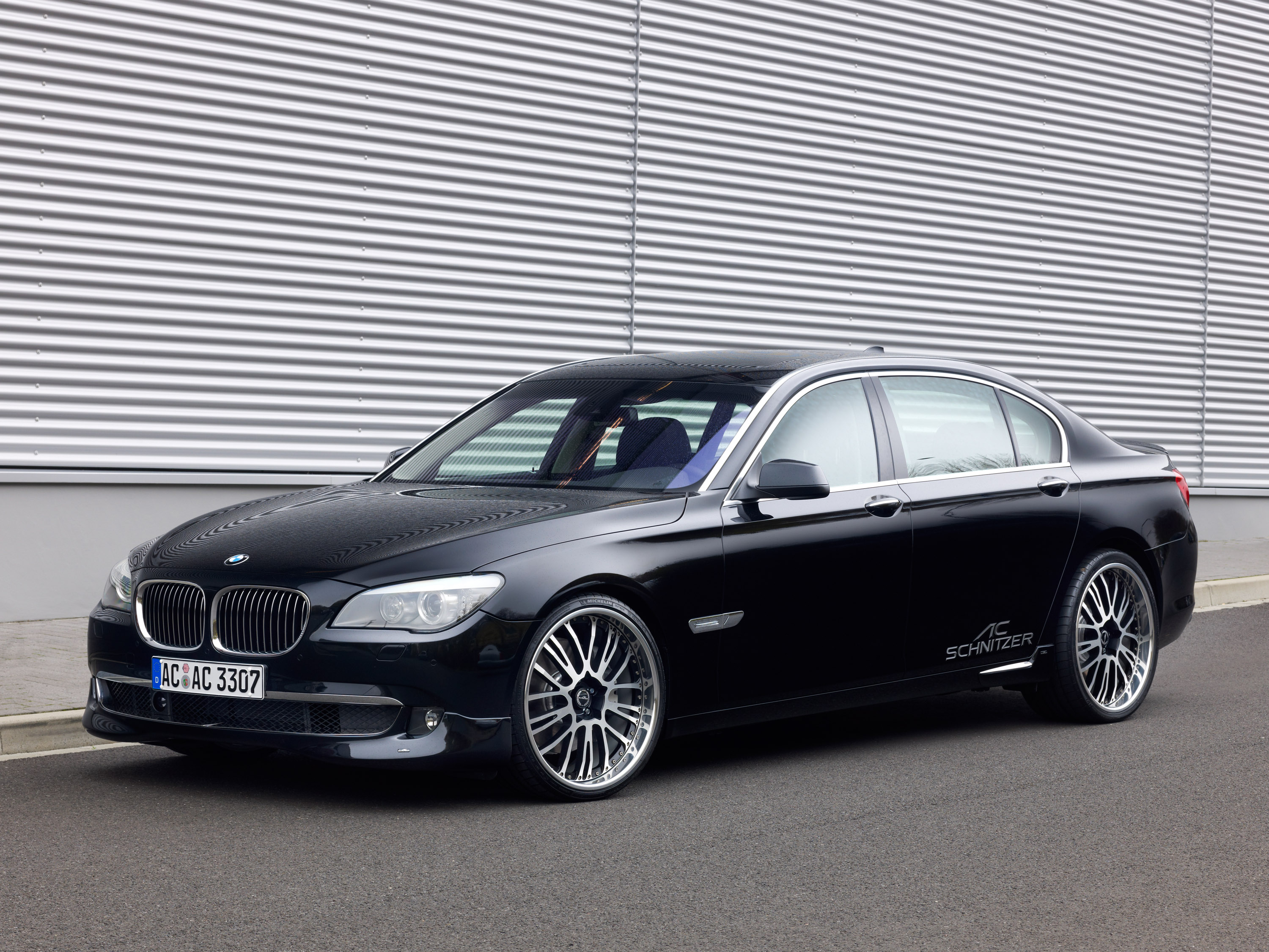 F02 BMW 7 series Msport in Titanium Silver Simply awesome