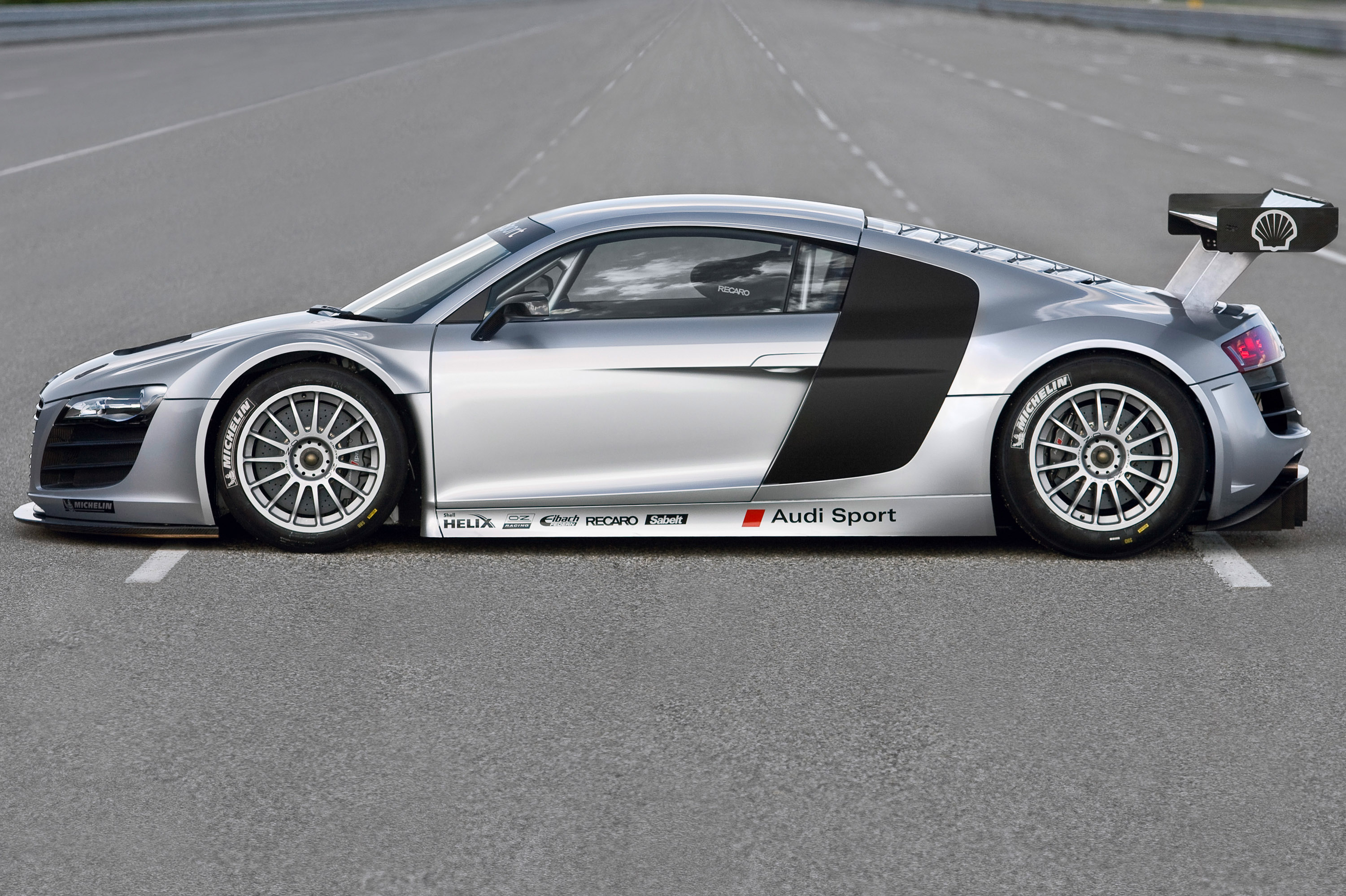 Audi R GT With OZ Race Wheels Equipped OZRACING OZ - Audi r8 race car 01 gt5