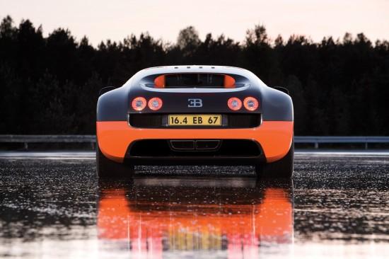 2010-bugatti-veyron-16-4-super-sport-06.jpg
