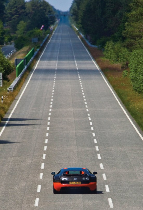 2010-bugatti-veyron-16-4-super-sport-16.jpg