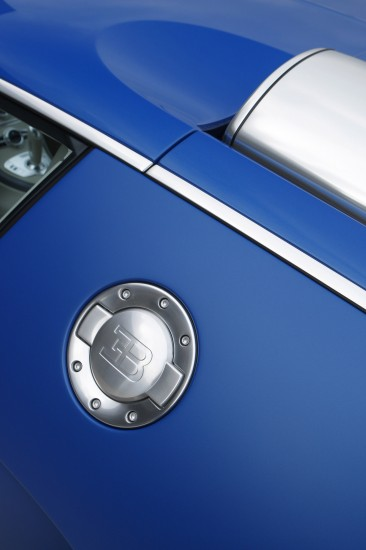 bugatti-veyron-bleu-centenaire-10.jpg