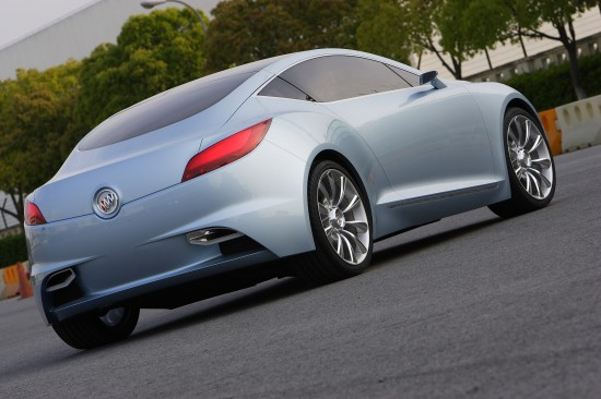 buick-riviera-concept-coupe-2007-06.jpg
