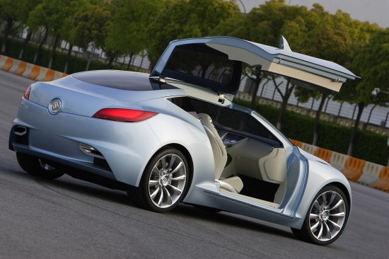 buick-riviera-concept-coupe-2007-07.jpg